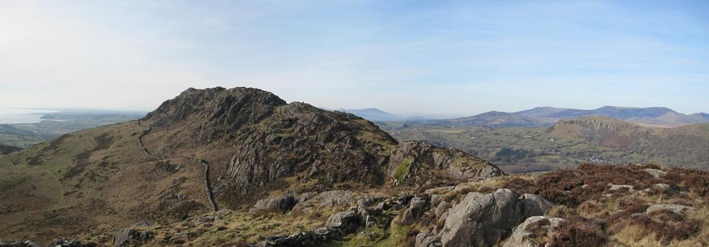 Moel-y-Gest summit ridge