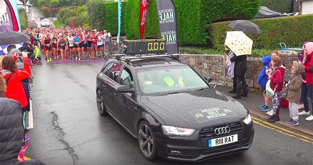 Abersoch half Marathon start line car 2018 photo mick hall